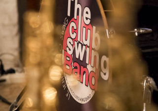 Serata Swing